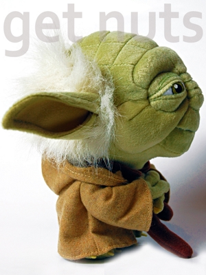 Star Wars: Yoda Pelúcia (Super Deformed) 18 cm - Comic Images